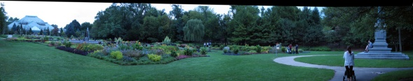 Panorama of Lincoln Park Conservatory and Gardens (Credit: Celia Place)