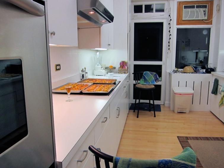 Midnight kitchen II (Credit: Celia Her City)
