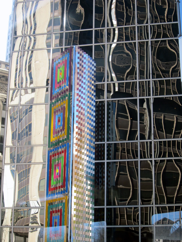 Reflections on the mirrored facade of the Stone Container Corporation building, Chicago, © 2013 Celia Her City