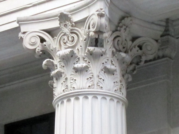 Detail of a Corinthian column on the Federal Reserve Bank of Chicago, © 2013 Celia Her City