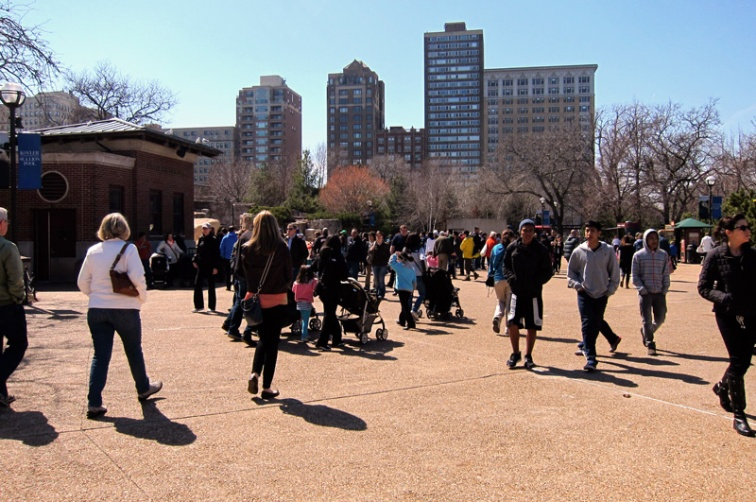 Crowds flock to the Lincoln Park Zoo on the first nice day, © 2013 Celia Her City